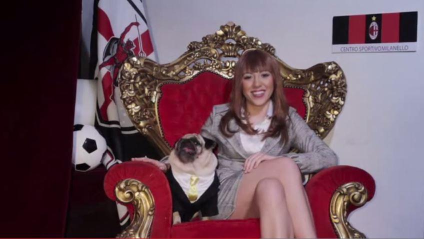 Francesca Macrì e l'imitazione-sfottò di Barbara Berlusconi