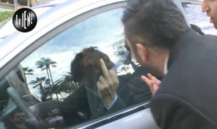 """Le Iene, """"la grande bufala"""" a Paolo Sorrentino: finto incontro con DiCaprio (video)"""