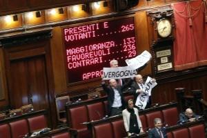 """M5s, da lunedì il """"sospeso Tour"""" dei parlamentari """"squalificati"""" dalla Camera"""