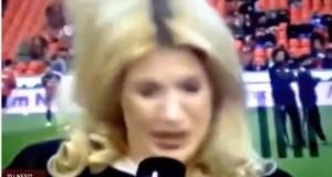 Jessica Kastrop, la giornalista colpita da una pallonata alla nuca (video)