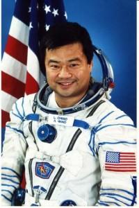 Leroy Chiao, astronauta che avvistò ufo nel 2005: erano luci barche sulla Terra