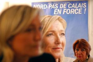 """Marine Le Pen: """"Beppe Grillo mi odia, non so perché. Nostri programmi simili"""""""