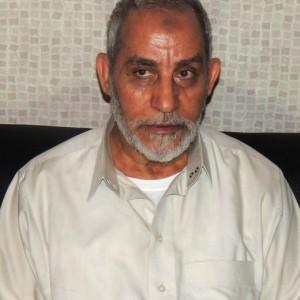 Egitto, 529 manifestanti pro-Morsi condannati a morte: anche guida Mohamed Badie