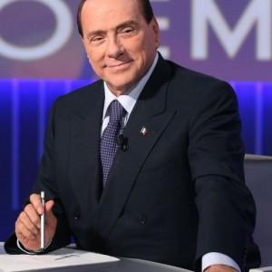 """Berlusconi: """"Tra un anno andremo al voto...o la va o la spacca"""""""