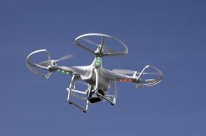 Droni, 30 aprile regole per farli volare: sarà boom, pilota mestiere del futuro