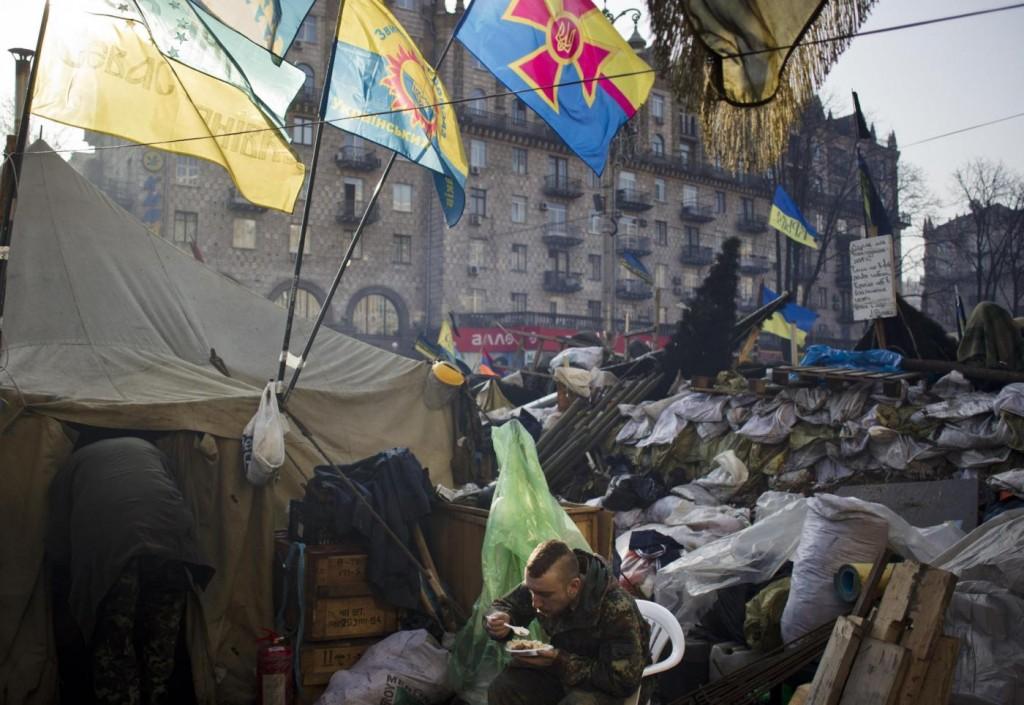 ++ Ucraina: Crimea;dietro-front ispettori Osce dopo spari ++