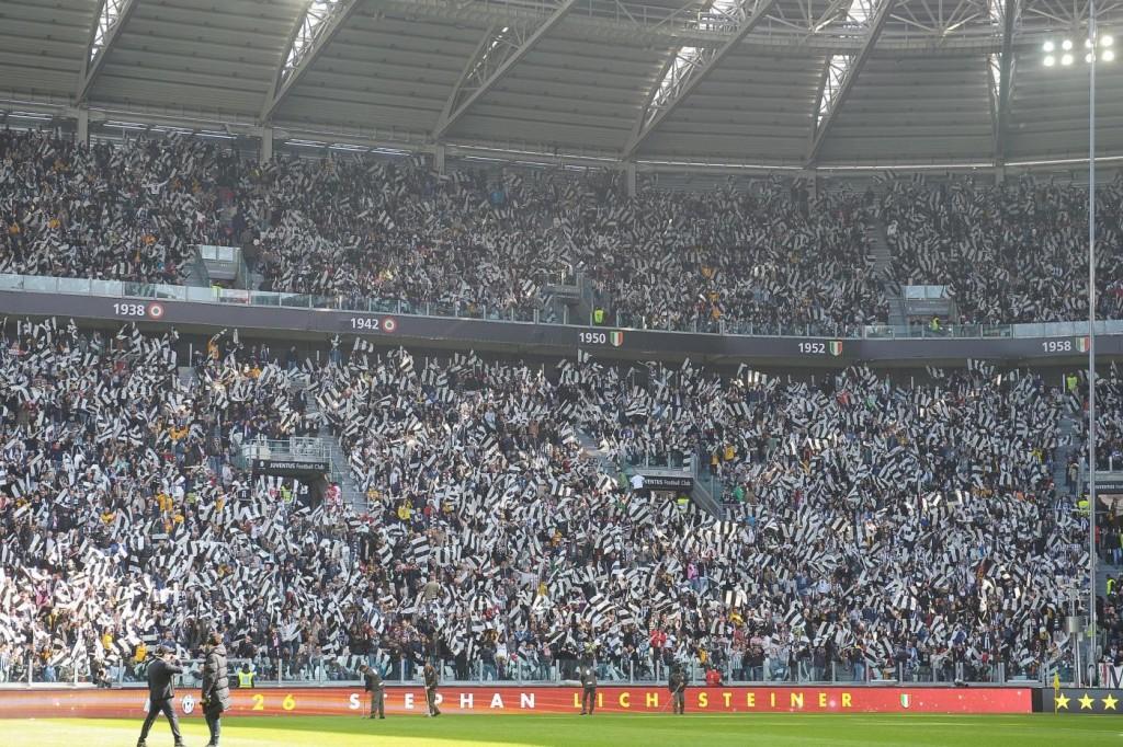 Cori antisemiti e Heysel in Juve-Fiorentina, rinvio a Procura
