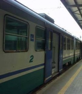 Si masturba in treno davanti ad una ragazza: denunciato per atti osceni