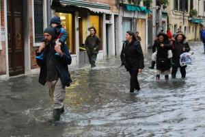 Venezia, sabato 1 marzo torna l'acqua alta