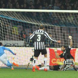 Napoli-Juventus. Il gol di Callejon (Ansa)