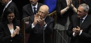 'RE GIORGIO' GIURA E BACCHETTA PARTITI, ORA GOVERNO E RIFORME