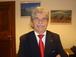 """Antonio Razzi: """"Preservativo? Mai usato. Maschi di oggi effeminati"""""""