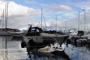 Angelo Mazza, 26 anni, muore annegato a Napoli: forse travolto da un'onda