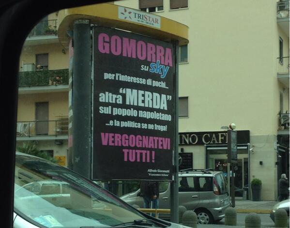 Manifesti contro serie tv Gomorra a Napoli: