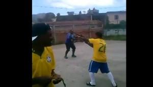 Brasile, colpi di Kalashnikov dagli spalti per festeggiare un gol