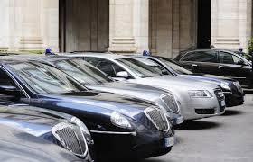 """Auto blu, sud non rinuncia al """"potere"""". 81 auto a Marsala, 71 a Messina..."""