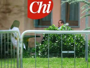"""Berlusconi: """"Ho l'Alzheimer, l'ho scoperto a Cesano Boscone, sono all'amnesia"""""""
