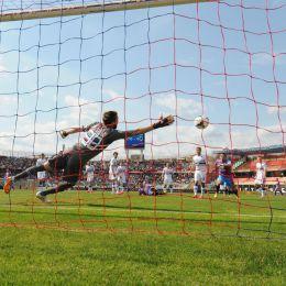Il gol di rovesciata di Leto contro la Samp (foto Ansa)