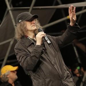 Gianroberto Casaleggio sul palco di piazza San Giovanni