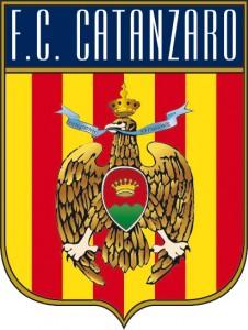 Fc Catanzaro, contratti fittizzi: rinviati a giudizio 13 calciatori
