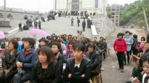 La Cina teme il boom di cristiani. Abbattuto campanile della Chiesa a Wenzhou