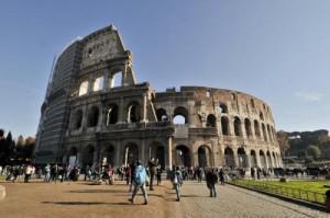 Roma, Colosseo aperto la Notte dei Musei: ma visite numero chiuso