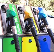 Sciopero benzinai 3-8 maggio: fasce orarie e modalità