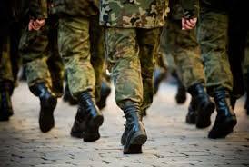 Sottratti 6 mln all'esercito: maresciallo ci comprava auto e case. Tre arresti