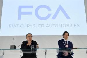 Fiat-Chrysler. Marchionne a Detroit presenta piano: scorporo Alfa, Jeep raddoppia