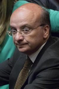 """Francantonio Genovese: """"Sto prendendo un biglietto per Beirut"""""""