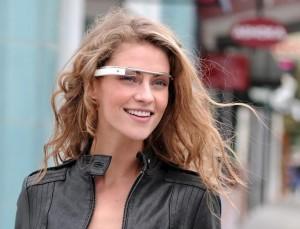 I Google Glass provocano il mal di testa? Esperti (e utenti) divisi