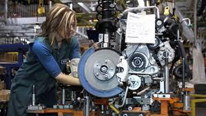 Industria, ordini di marzo spingono ripresa: +1,3%, +2,8% annuo. Tira l'export