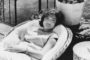 Jacqueline: John Kennedy pazzo per donne e potere. Lettere a prete 50 anni fa
