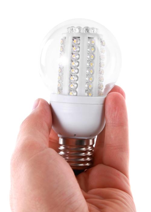 Risparmio energetico quanto si risparmia con lampade a for Cerco lampade a led