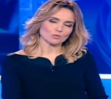 Tg1, Laura Chimenti si commuove in diretta per Stefano Campagna (video)