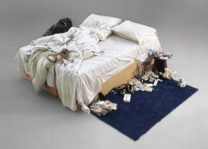 """""""My bed"""", all'asta il letto sfatto da 1,2 milioni di euro"""