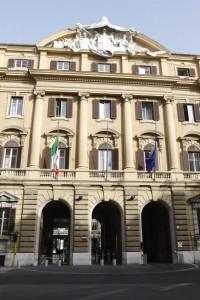 """Giornale: Manutencoop, un """"tesoro"""" di appalti al Ministero del Tesoro"""