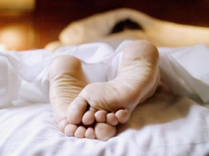 """Derek Miller uccide moglie nel sonno: """"Ha tirato le coperte e scoperto i piedi"""""""
