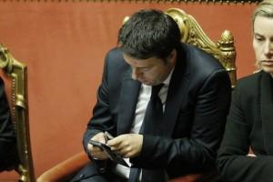 Il Fatto Quotidiano: messaggi whatsapp dai renziani agli M5s critici