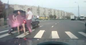 Mosca, ragazzo rapito mentre attraversa: ma per la polizia potrebbe essere falso