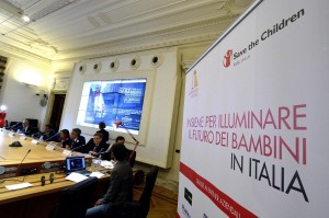 Allarme povertà in Italia: colpisce oltre un milione di minori