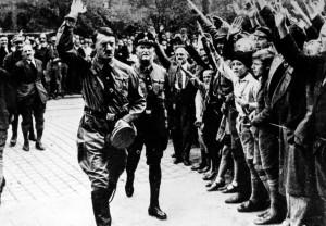 """Tribunale svizzero: """"il saluto nazista non è un crimine"""""""
