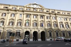 Chi fa la spia al Ministero dell'Economia? Fughe di notizie allerta lobby e smonta leggi