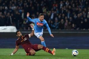 """Calciomercato Roma, Benatia al Barcellona. France Football: """"Si tratta"""""""