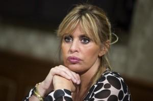 """Alessandra Mussolini: """"Ho due conigli, si chiamano Fini e Alfano"""
