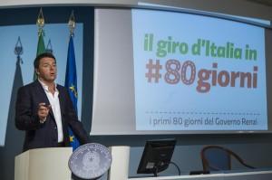"""Matteo Renzi: """"80 euro solo inizio, prossimo anno anche ai pensionati"""""""