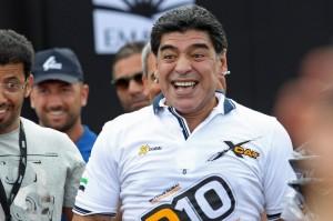 Diego Armando Maradona, Equitalia sospende pignoramento