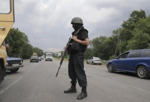 Ucraina, scontri a Donetsk: 200 morti in 5 giorni, assalti al confine