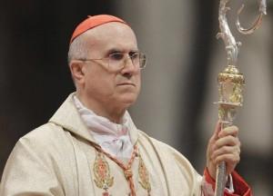"Bild: ""Bertone sotto indagine in Vaticano"", per 15 mln a Bernabei (Lux Vide)"