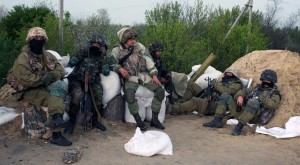 Ucraina, guerra a Slaviansk e Odessa: elicotteri abbattuti, morti, feriti